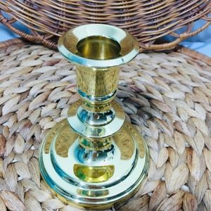 Vintage, candle holder.  Excellent condition.  Che
